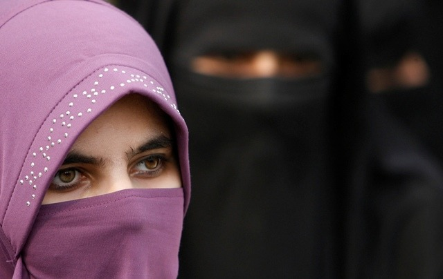 photo:Niqab blogs.reuters.com