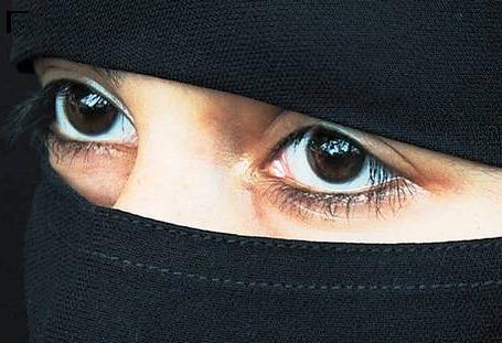 niqabi lady