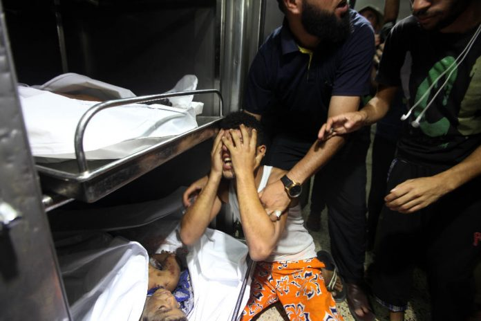 israeli-airstrikes-kill-4-children-on-gaza-beach-article-body-image-1405531892_vice