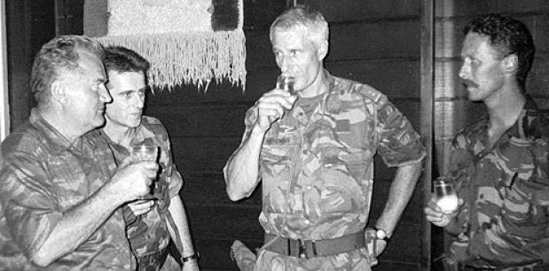 Mladic_and_Karremans