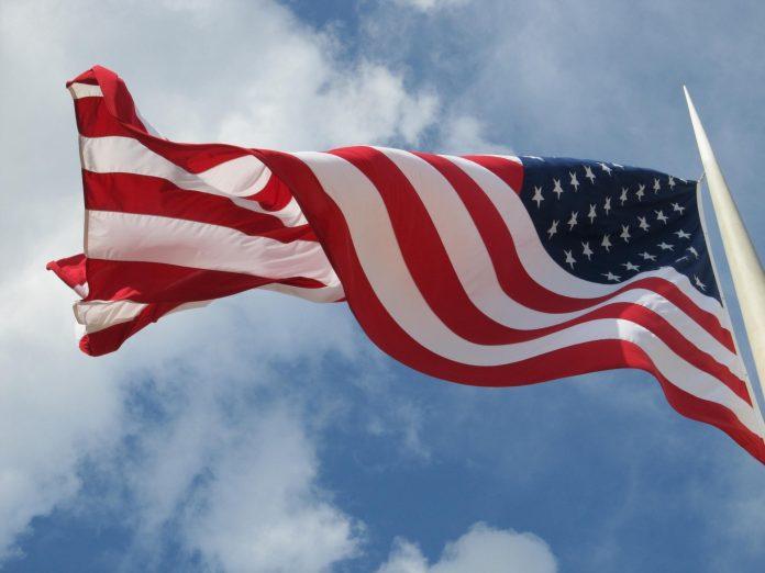 usa-flag-flying
