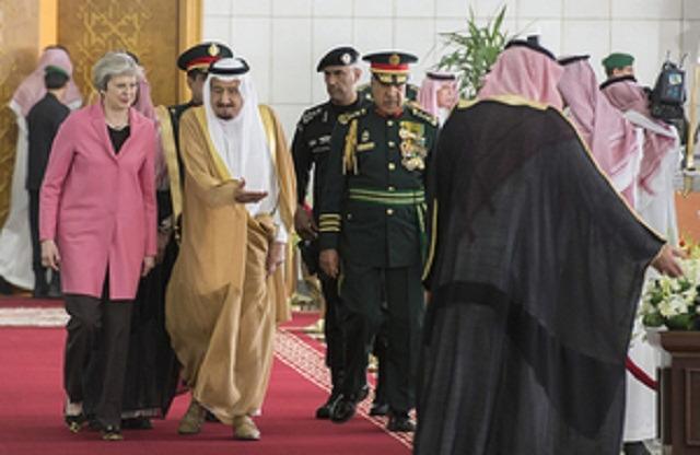 theresa_may_saudi